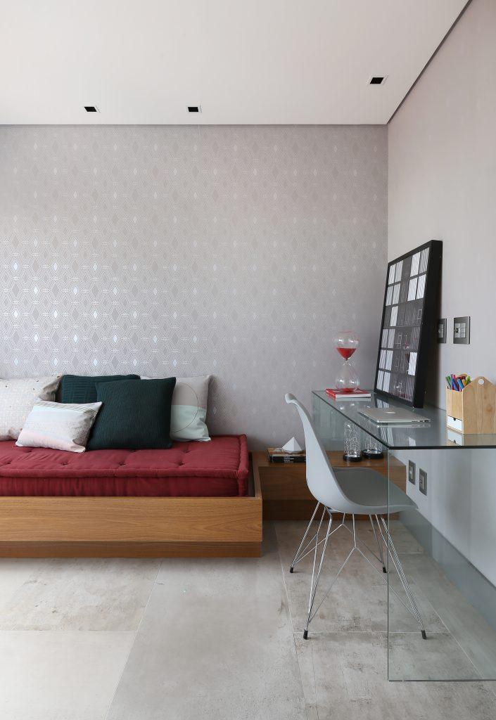 Porcelanato que imita cimento Avant Guarde. Um Apartamento Moderno na Aclimação com Porcelanato Inspirado no Cimento Queimado.