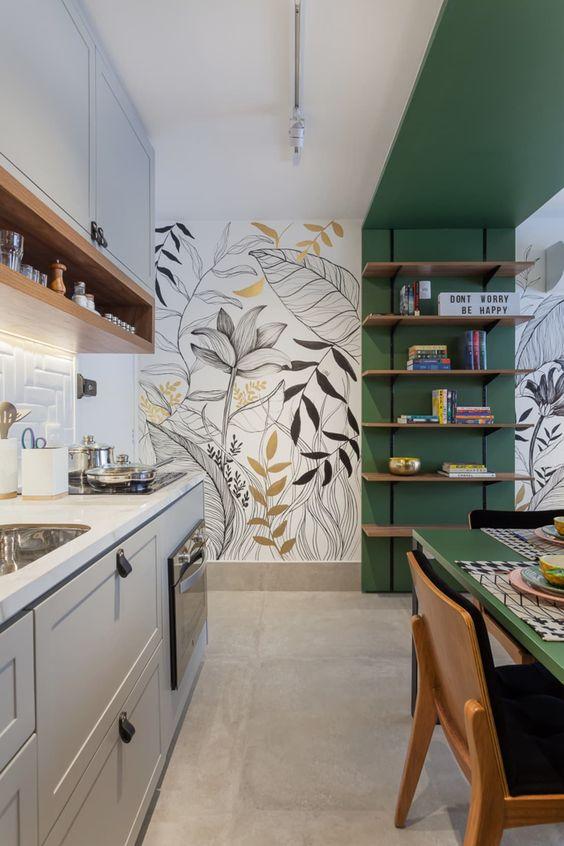Grafites na decoração, Wall Art coloridos desenhados na parede de cozinha com piso de cimento queimado e mesa verde