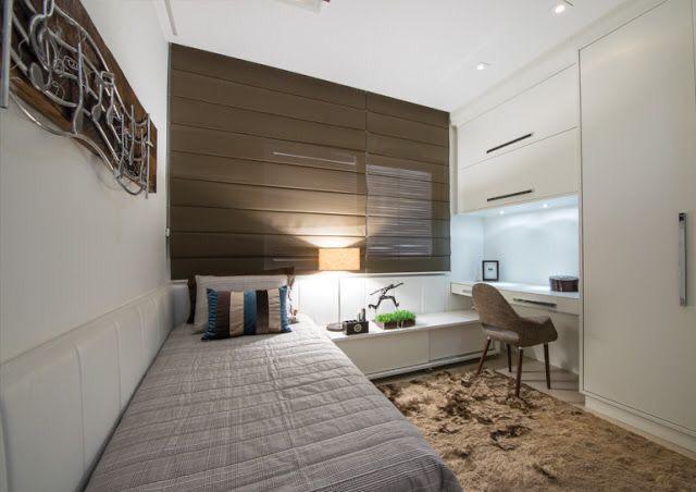 quarto de solteiro com moveis brancos planejados