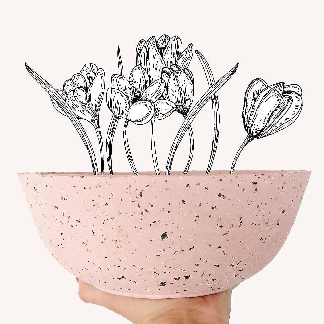 Objeto em granilite rosa.